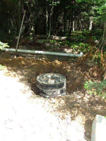 Share your outhouse pics small cabin forum 7 for Cabin septic systems